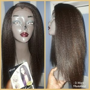 Lacefront Wig w/side part